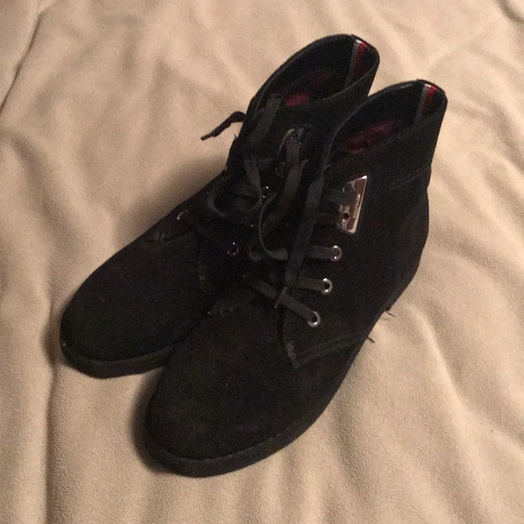 Tommy Hilfiger Shoes - Women's Tommy Hilfiger Shoes